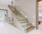 Nowoczesne schody wspornikowe ST920 TRĄBCZYŃSKI