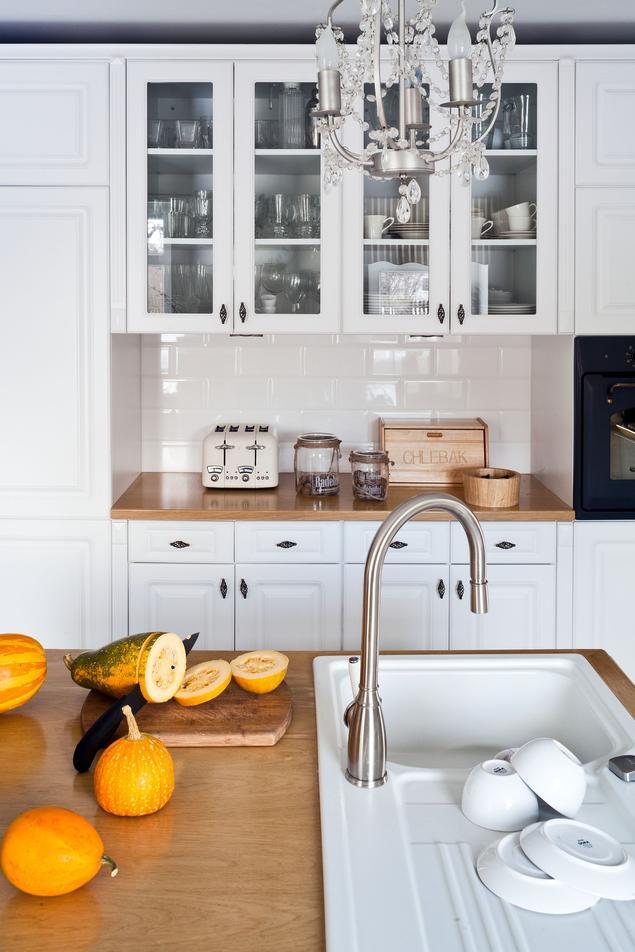 Zobacz galerię zdjęć Kuchnia w stylu wiejskim Aranżacja wnętrza  Stronywnęt