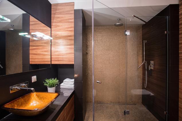 Jak urządzić elegancką, a jednocześnie funkcjonalną łazienkę? Pomysł na ciekawe wnętrze
